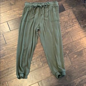 ADORABLE olive joggers